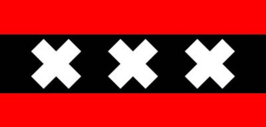 La bandera de tres cruces Amsterdam