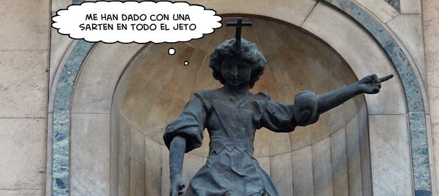 Detalle de la escultura del ángel